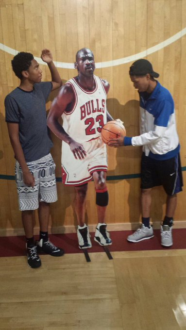 Throwback to when we met Michael Jordan. Happy Birthday youngin