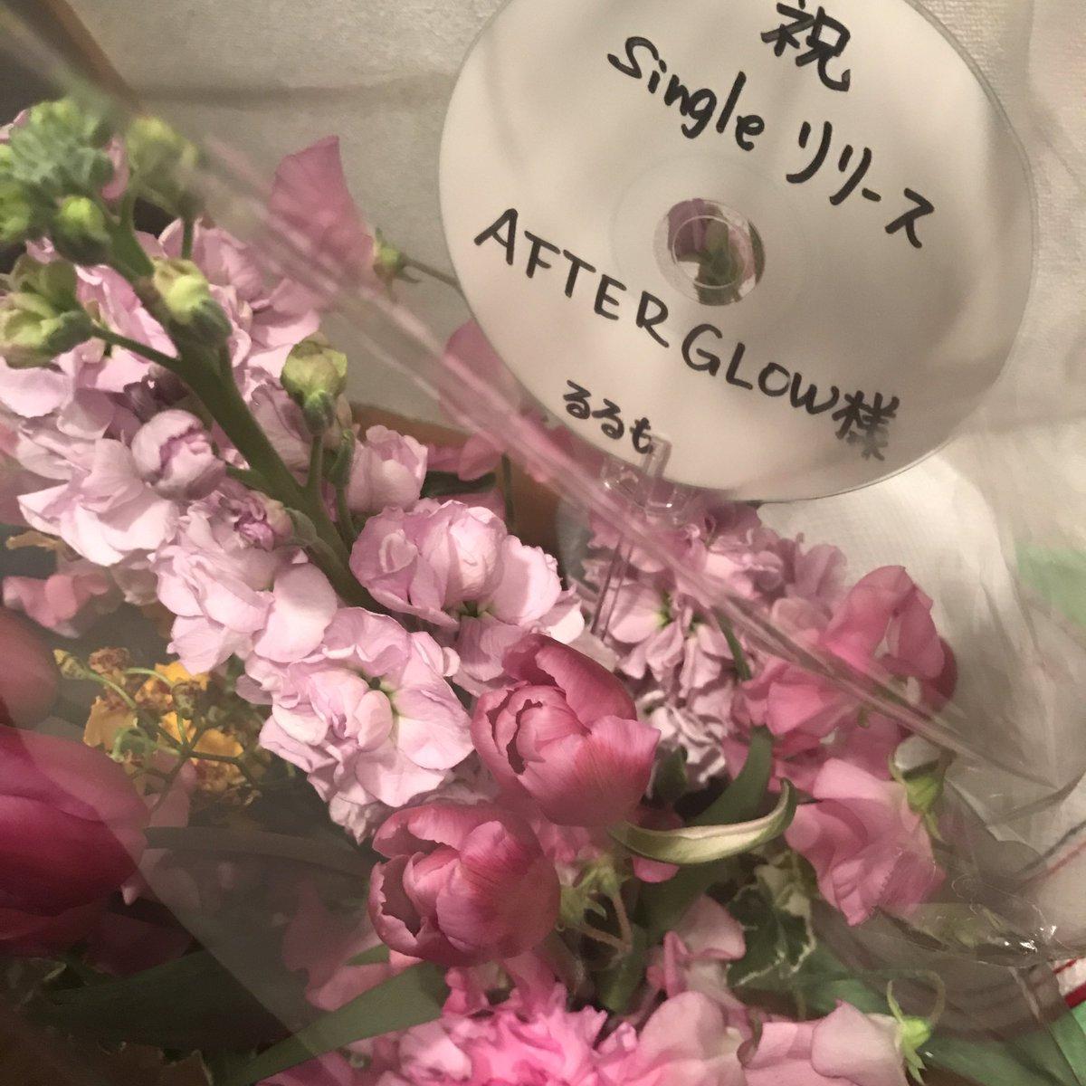 受付に置いてあったお花は、るるもTHE BAND、るるも駅前本店さんからいただきました!ありがとうございました!