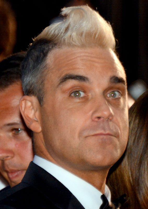 [MOMENT] Hari ini Robbie Williams berulang tahun. Happy birthday