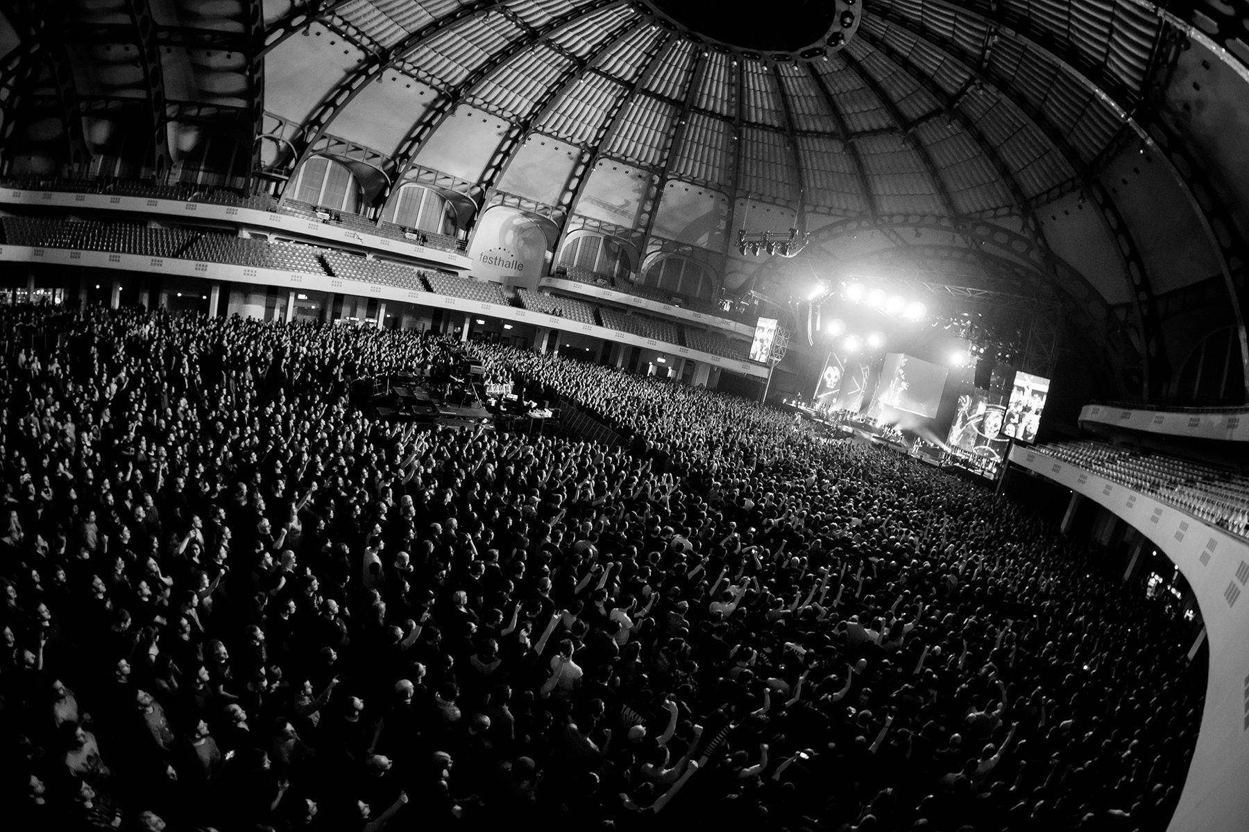 Thank you Frankfurt! #thestageworldtour #avengedsevenfold ��: Rafa Alcantara https://t.co/4mIOxcHxm5