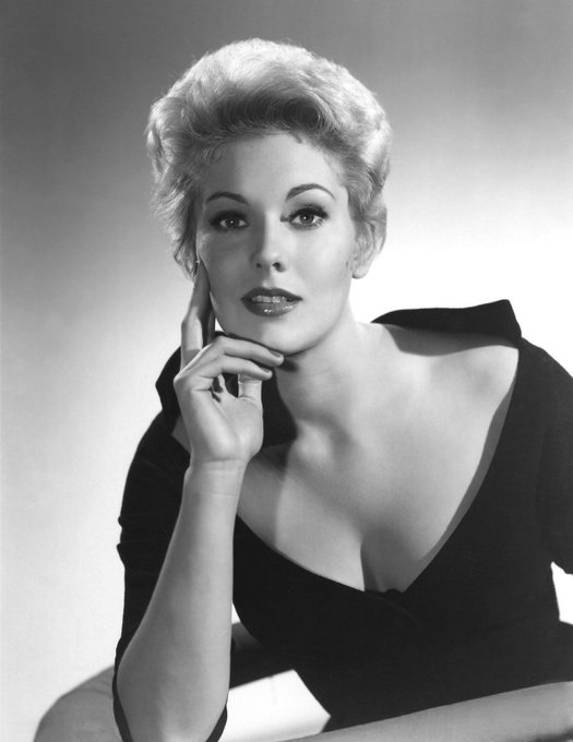 Happy Birthday, Kim Novak! Born 13 February 1933 in Chicago, Illinois