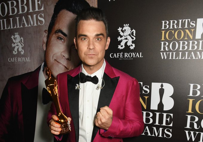 Happy Birthday  Mr. ROBBIE WILLIAMS      I U