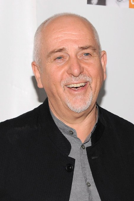 Happy Birthday to Peter Gabriel !  message us your favorites from him. ~