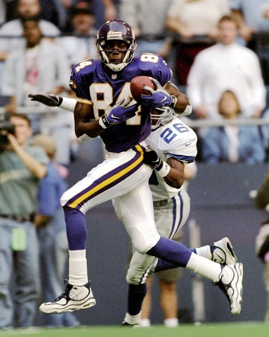 Happy 40th birthday to one of the greatest WRs of all-time and my idol RANDY MOSS!!!