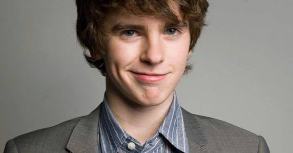 Happy birthday Freddie Highmore!