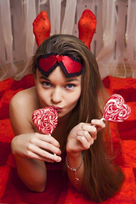 Happy #valentines day! Kiss&Hugs! https://t.co/RArHfMwslv