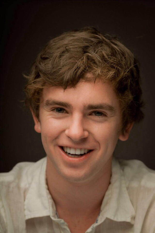 Happy birthday to this gorgeous and talented man, freddie highmore!