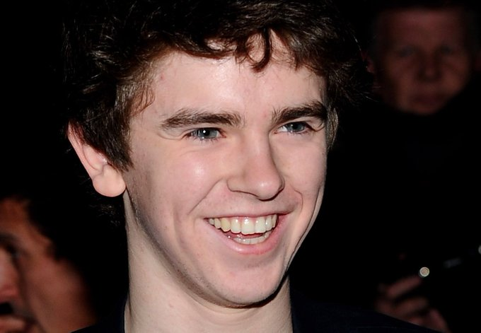 Happy 25th Birthday to Freddie Highmore! (02/14/92)