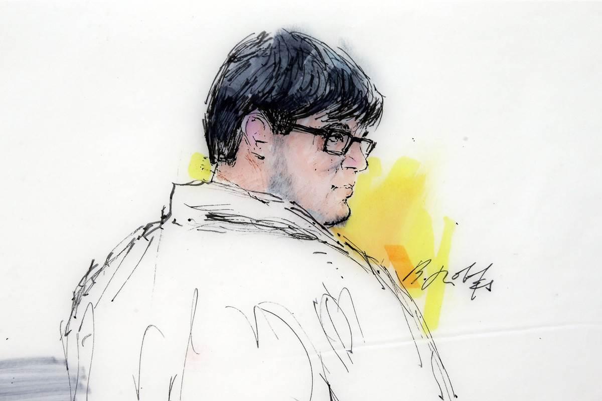 Friend who bought guns for San Bernardino shooter to plead guilty