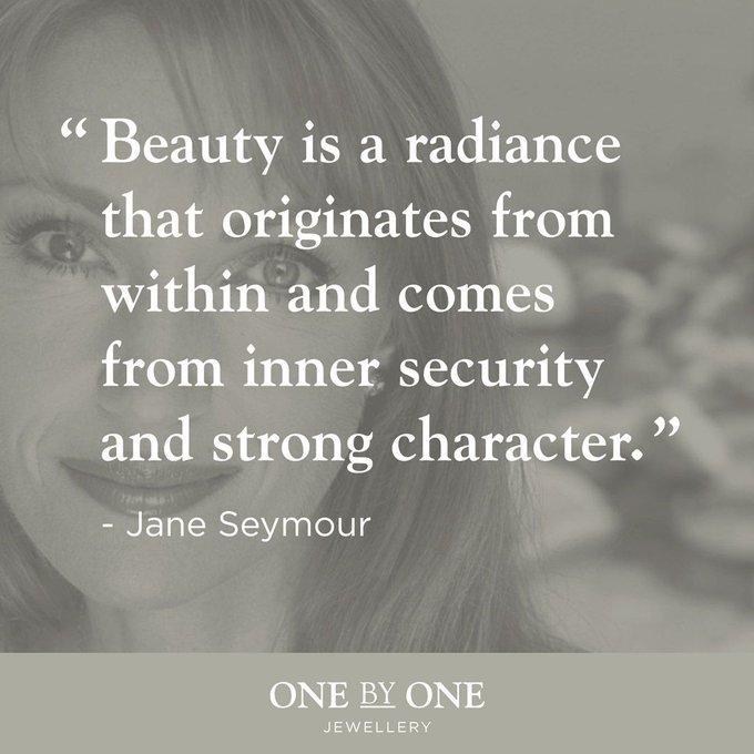 Happy Birthday to the gorgeous Jane Seymour!