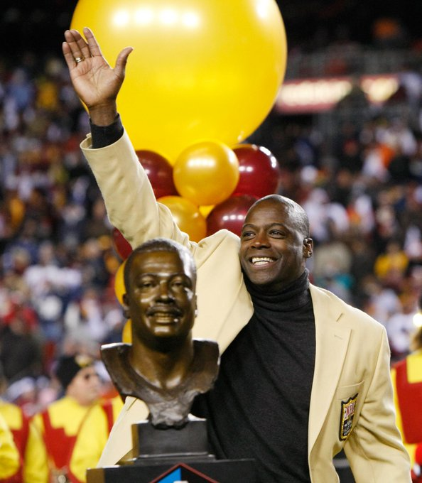 REmessage to wish Legend Darrell Green a happy 57th birthday today!!!