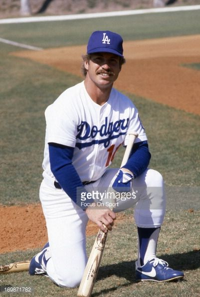 Happy \80s Birthday to Ron Cey, who turns 69 today.   Penguin Power!