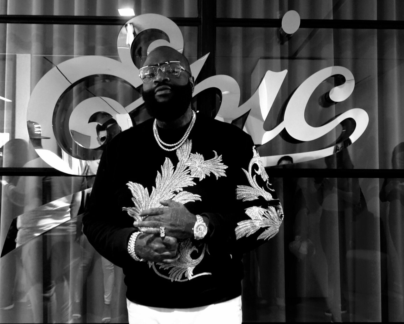 #RatherYouThanMe March 17th! #beEPIC @rickyrozay https://t.co/aN2C2HFdjQ