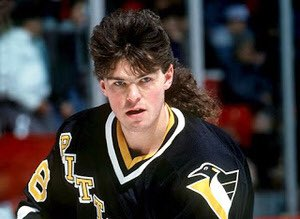 Happy 45th birthday to Jaromir Jagr. One of the greatest to ever play the game of hockey.
