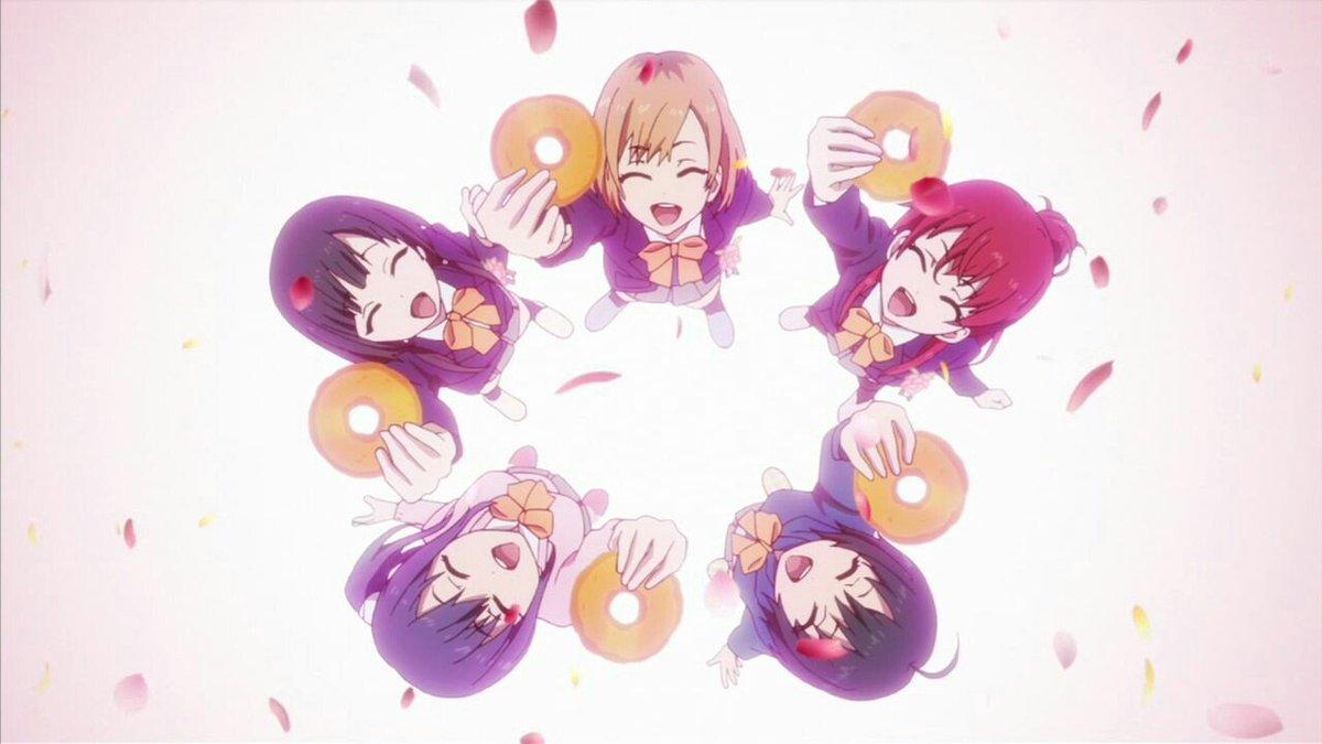 #あなたにとって最高のアニメ第1話はSHIROBAKOかなー。楽しかった高校生活から制作進行のしんどそうな顔の流れで視聴