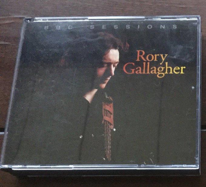 happy birthday. Karen Carpenter & Rory Gallagher & Larry Carlton &  Lou Reed &  Chris Martin & Jon Bon Jovi