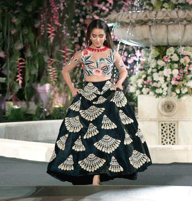 walks in beauty!  Happy Birthday Shraddha Kapoor