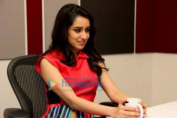 Start messageing Guys!  Happy Birthday Shraddha Kapoor  :)