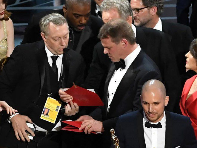 Oscars accountants reportedly had to be pushed to take action:
