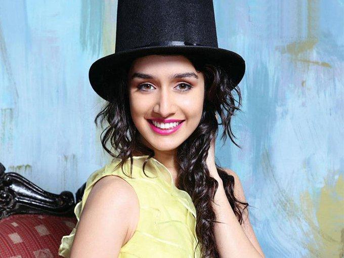 Happy Birthday Shraddha Kapoor ma\am lots of love