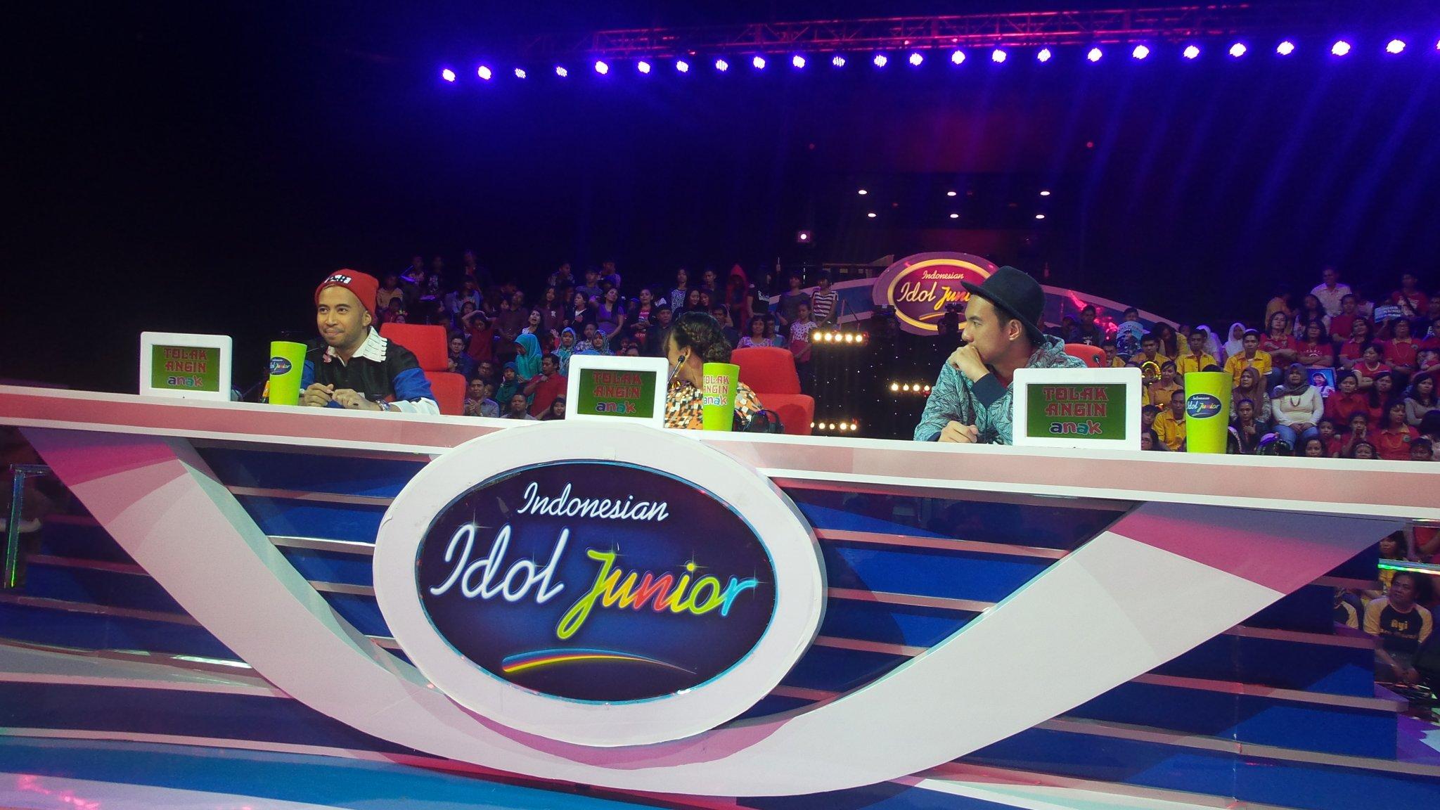 Menurut dari Vote Juri penampilan @NavisIdolJr berada di posisi Aman. #IdolJrDuetStar @Official_MNCTV https://t.co/P9LGqgaIGv