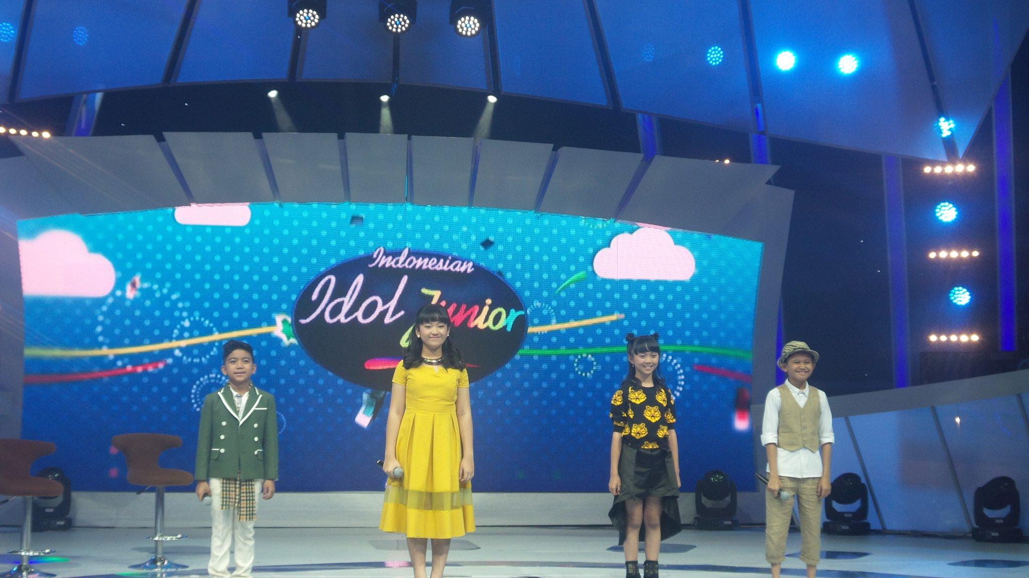 Siapakah diantar ke 4 TOP Junior yg akan masuk ke TOP 3 ? @Official_MNCTV #IdolJrDuetStar https://t.co/Z8w6LAy0Nb