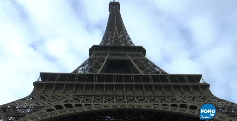 Construirán muro de cristal antibalas en la Torre #Eiffel https://t.co/dcMd4nGVjk htt ...