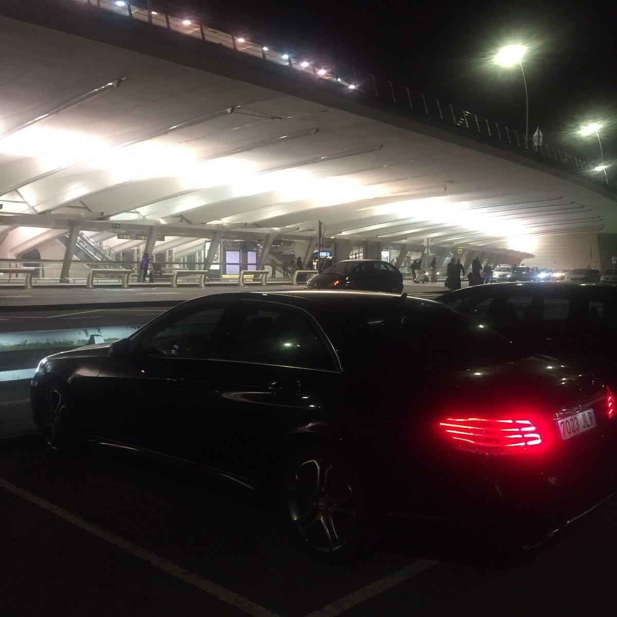 Armoni Car en Aeropuerto de Bilbao. Traslados desde Aeropuertos hasta hotel o viceversa. https://t.co/q3ahJRyhwX
