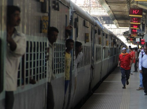 Railways starts rating zones to keep officers on their toes