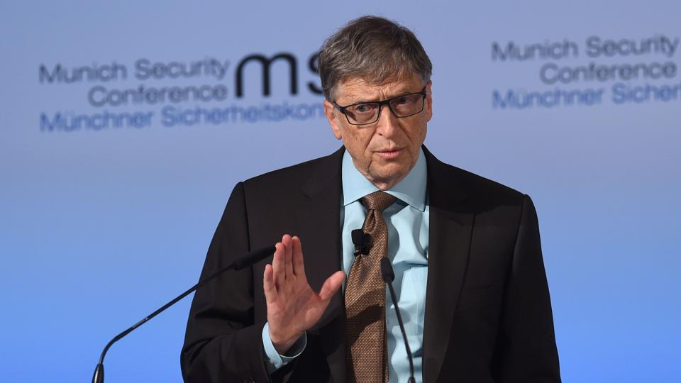 Robots that steal human jobs should pay income tax @BillGates via @HTTech