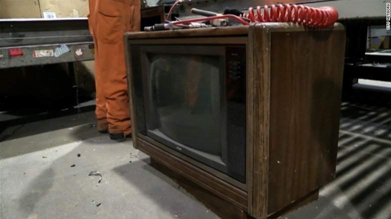 $100,000 in cash was found in an old TV set. The money was there for more than 30 years.