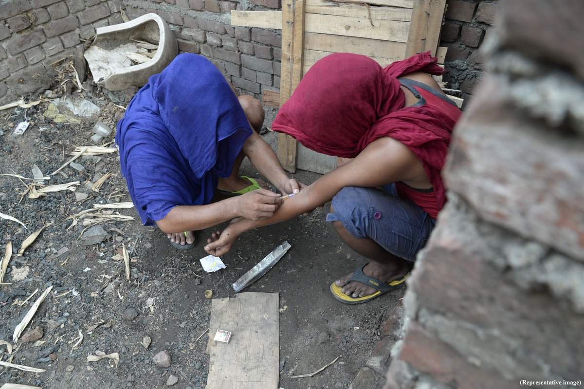Drug-hit Punjab districts see children dying early via @TOICitiesNews