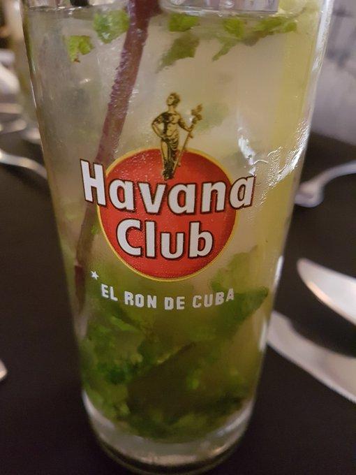 참고로 모히또는 쿠바원조보다 내가 더 맛있게 탄다... 물론 원조니까 먹긴하겠지만ㅋㅋㅋ