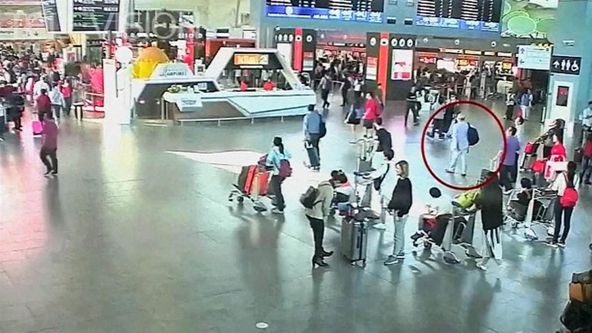 Surveillance video is believed to show moment that Kim Jong Un's half-brother was assassinated in Malaysia airport. https://t.co/che3Pn6XlH