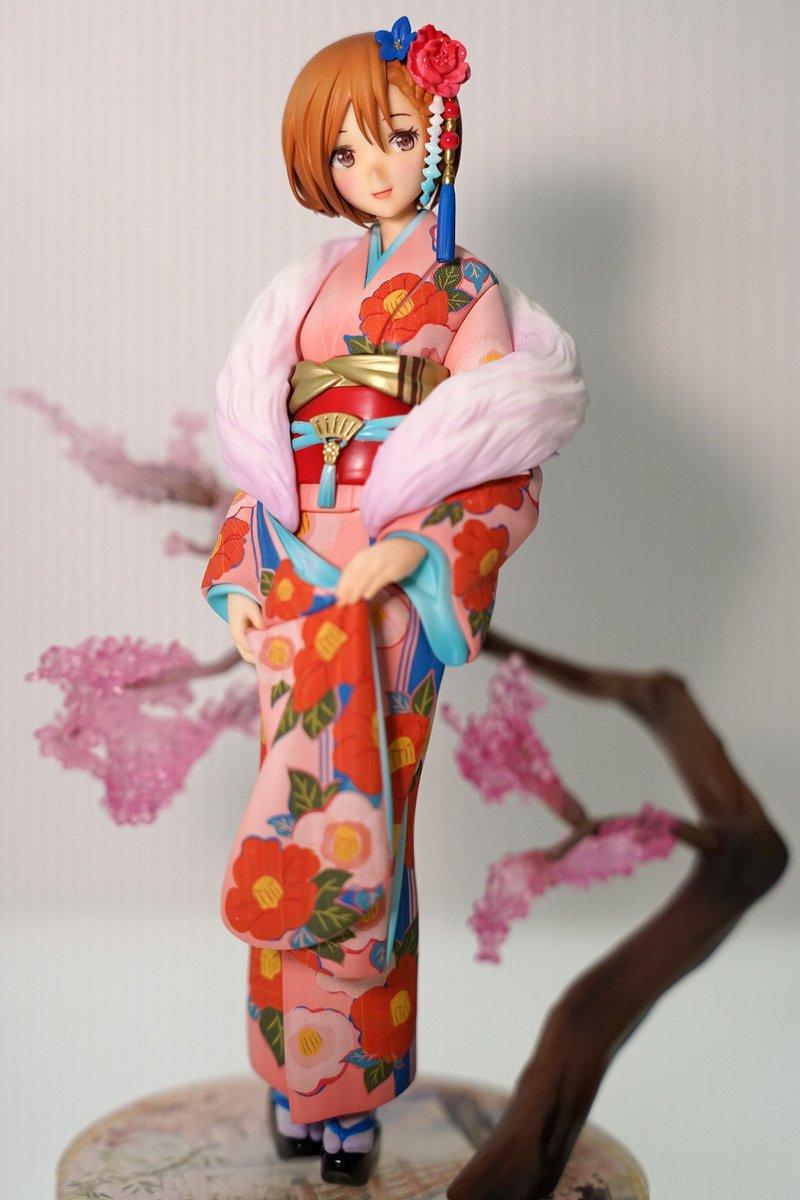 東京フィギュアというあまり馴染みのないブースで展示されていた初音ミク和服シリーズの出来に衝撃をうける。これは外国の方にとっても最高の日本土産になること間違いなしの逸品… #wf2017w