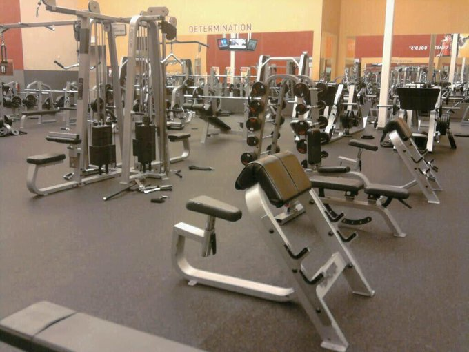 Empty gym = instant happiness