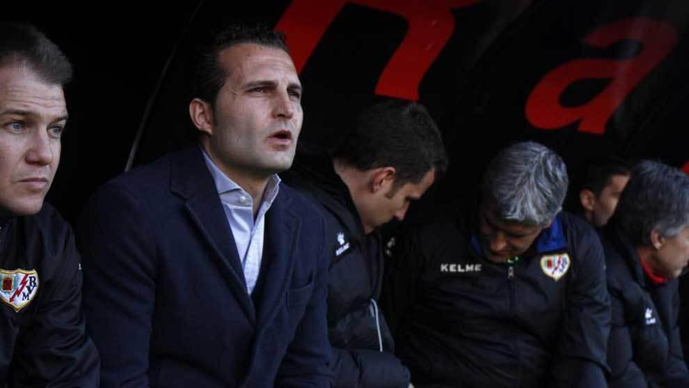 RT @Marcatransfer: Te lo adelantamos: Baraja deja de ser entrenador del Rayo https://t.co/lUueXIuga0 https://t.co/FEkTkM2mb4