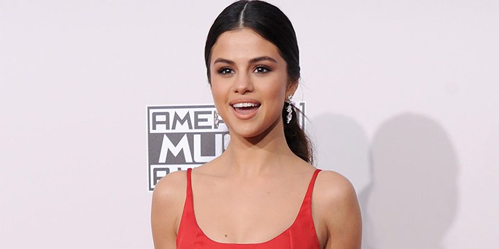 Selena Gomez shouts out the paint company that named a color for her