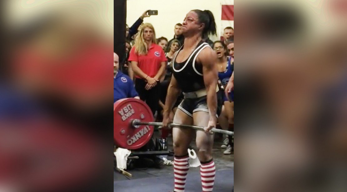 Suzanne Davis sets world record for deadlift in her class. https://t.co/J9MmINg1oV