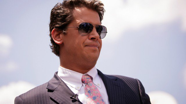 Breitbart employees threaten to leave if Milo Yiannopoulos is not fired https://t.co/nuhuPJu9n1
