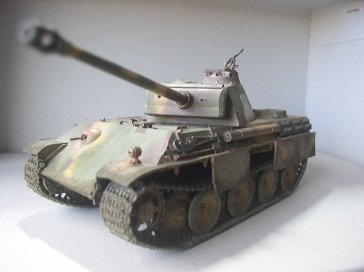 だがしかし!誰が何と言おうとコイツは中戦車なのである!ドイツのお偉いさんが決めた事なのである!(多分)