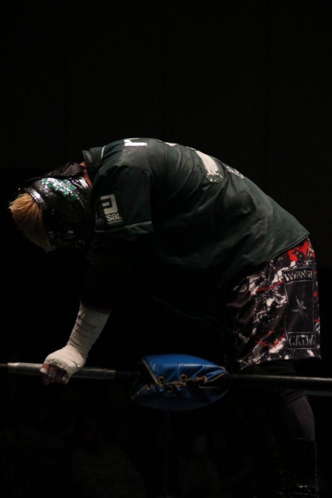 2.10 BJW 後楽園ホール 第5試合 一騎当千直前スペシャル蛍光灯+凶器持ち込みデスマッチT.K.D入場