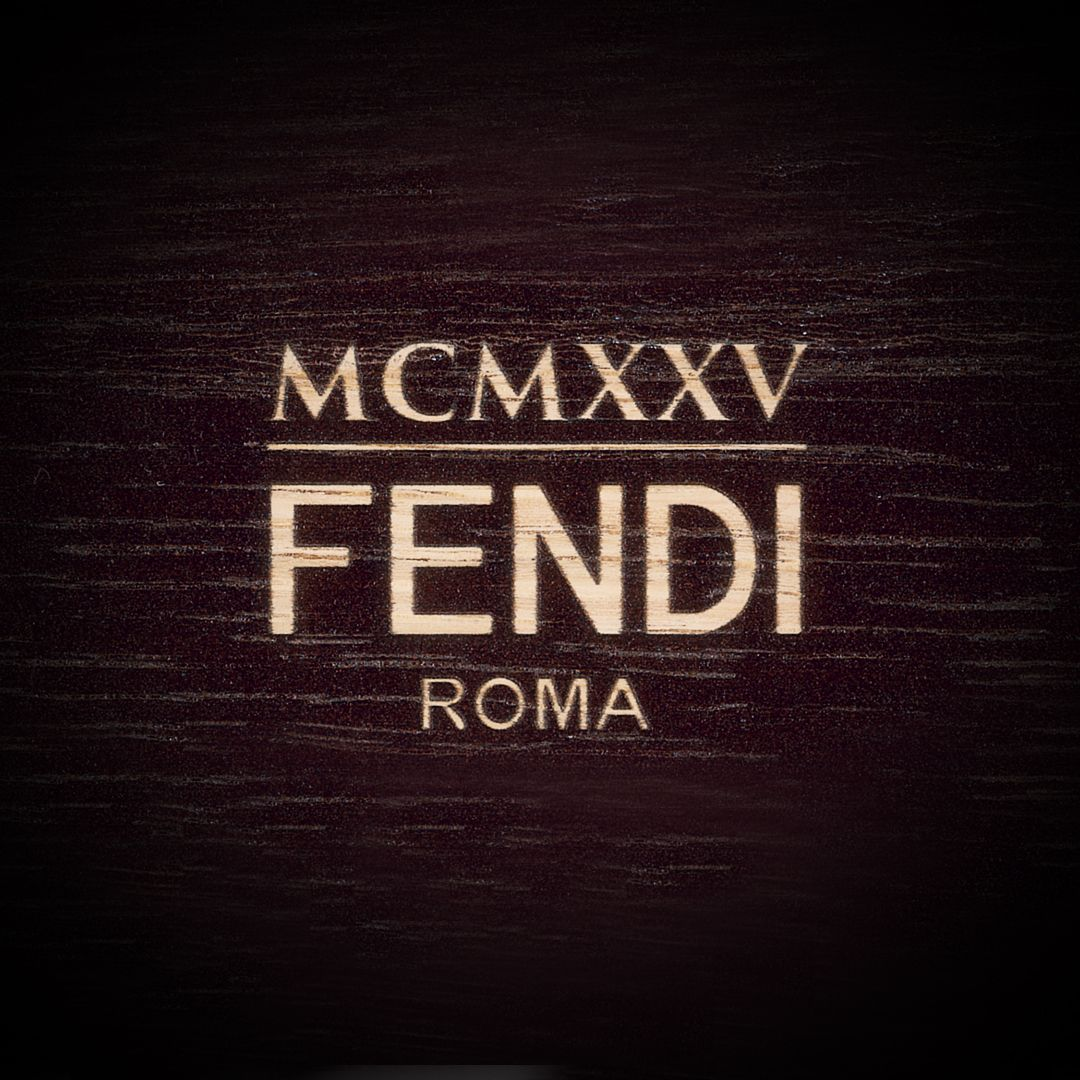 Live from Milan! Watch the new #FendiFW17 collection hit the cat-walk on Thurs. Feb 23rd on https://t.co/krWquF0Yt1. https://t.co/FNr3Z5QULD