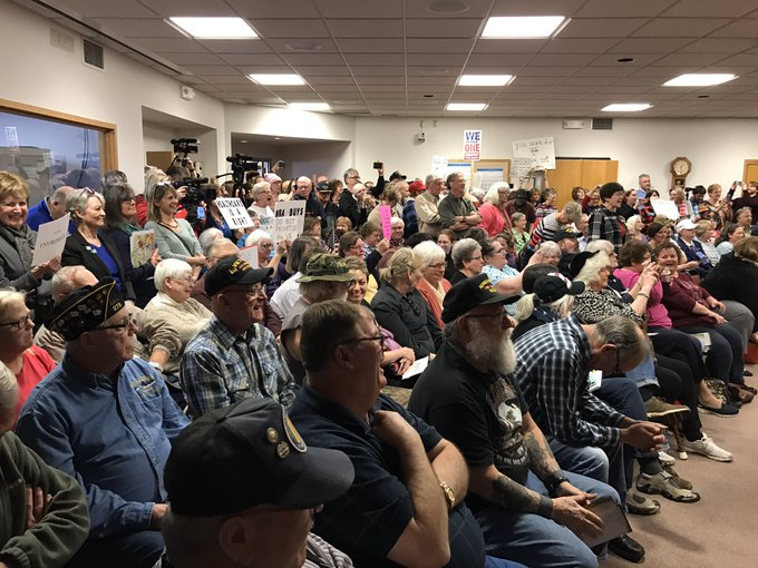 MAQUOKETA, Iowa -- It's a packed house for what was billed as a small veterans' event with Sen. Joni Ernst.