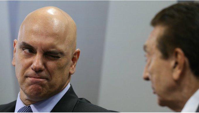 A piscadela do ministro para Lobão (a quem lhe caberá julgar) foi capturada pelo super premiado @Didasampaioo