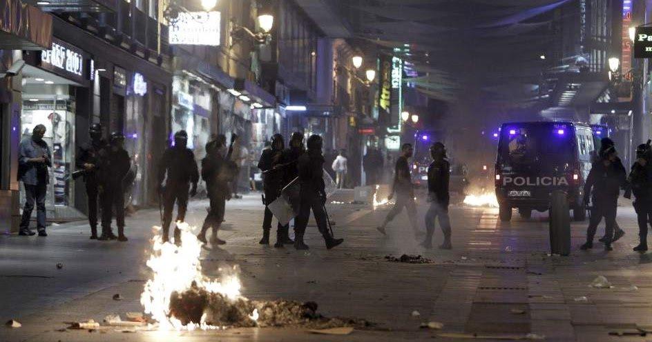 RT @jmalvarezblog: Once suicidios diarios en España por la crisis https://t.co/ogLiUbXzZs https://t.co/QWKwwA4krV