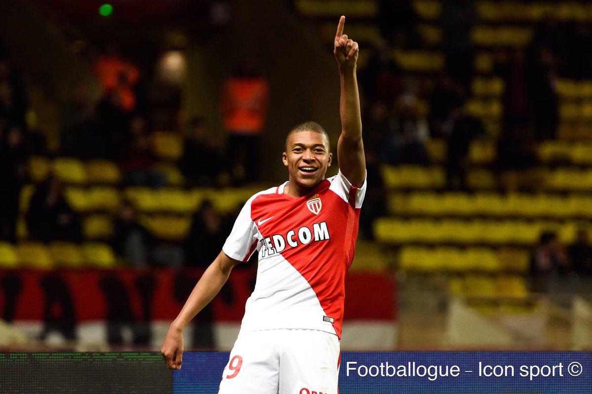 [#Décla💬] Jardim : 'J'ai utilisé Kylian Mbappé parce que City laisse beaucoup d'espaces. À 18 ans, il a fait un grand match !'