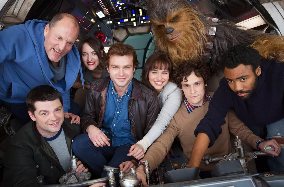 The Han Solo standalone film will hit theaters on May 25th, 2018 https://t.co/2iJ9xjMMg2