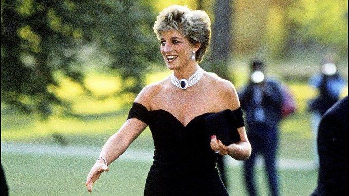 How Princess Diana nailed every dress code https://t.co/eVXT1NcjaS