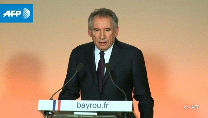 Présidentielle: Bayrou ne sera pas candidat à l'élection présidentielle et propose une alliance à Macron https://t.co/b55BKWWHB5 #AFP